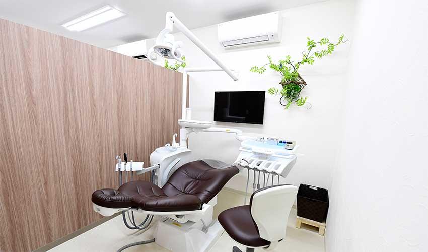 くすのきデンタルクリニック 診療室内を含む写真