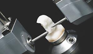 メリィハウス歯科クリニック 往診機器  一通り歯科医院と何の遜色なく治療できます