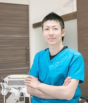こうの歯科・矯正歯科クリニック 院長の写真