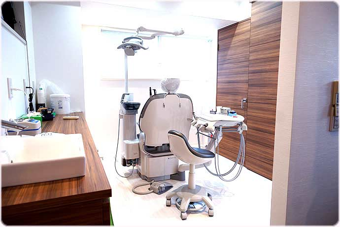 第2さくら歯科医院 診療室内を含む写真