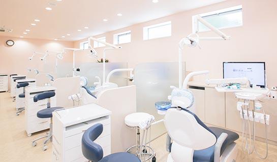 医療法人小向井歯科クリニック医院外観の写真