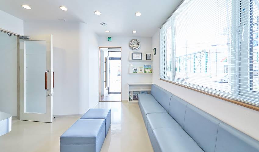 村川歯科医院 診療室内を含む写真