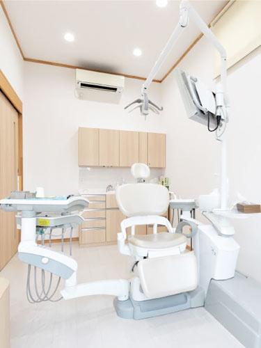 とも歯科クリニック 個室診療室