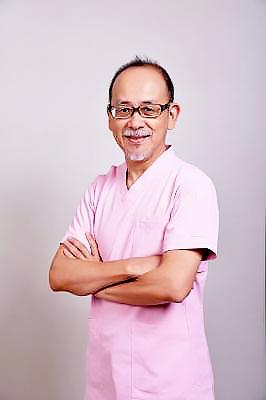 ハタテ歯科医院 院長の写真