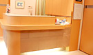 アルティス歯科・口腔外科総合クリニック西宮北口 旧 川本デンタルクリニック 受付を含む写真