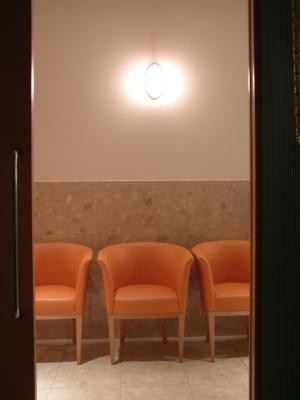 アルティス歯科・口腔外科総合クリニック西宮北口 旧 川本デンタルクリニック 診療室内を含む写真