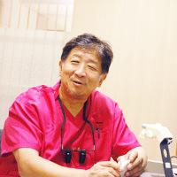 エルム駅前歯科医院クリスタル 院長の写真